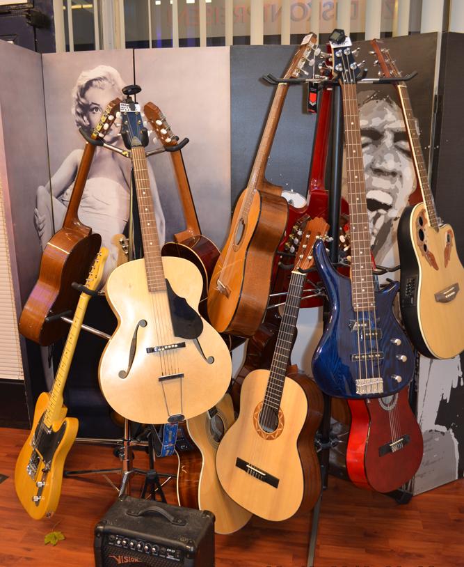 Gitarren zu vermieten